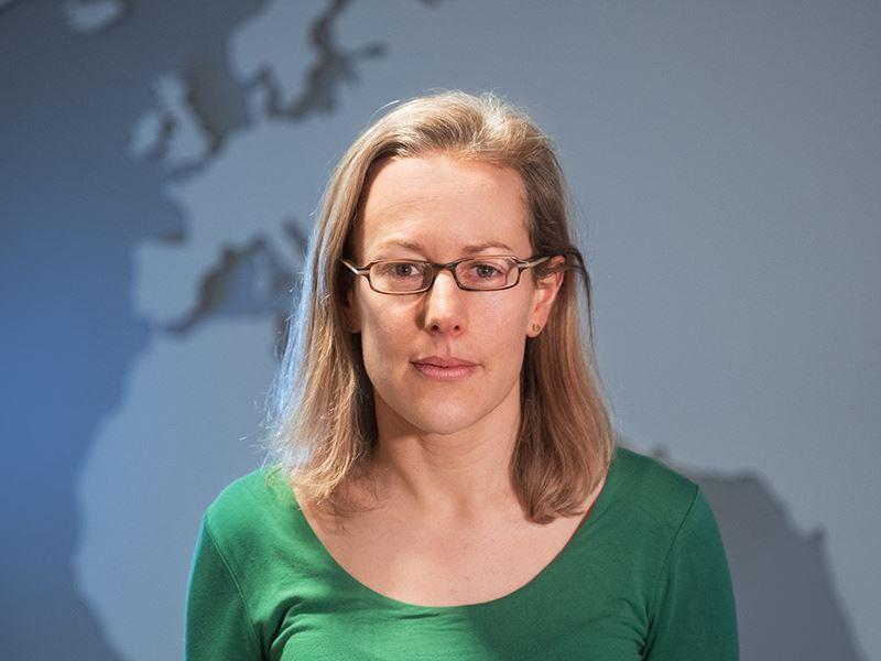 Headshot Tanya Sheridan